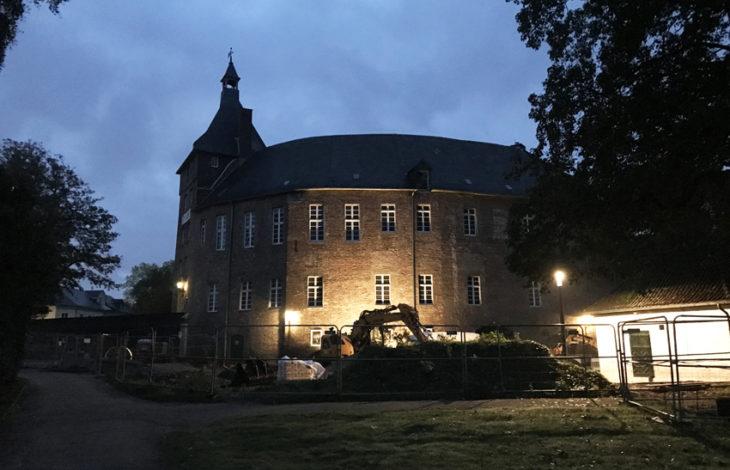 Stadt Moers – Neuer Platz und Lichtkonzept machen Henriette und Schloss zum Mittelpunkt