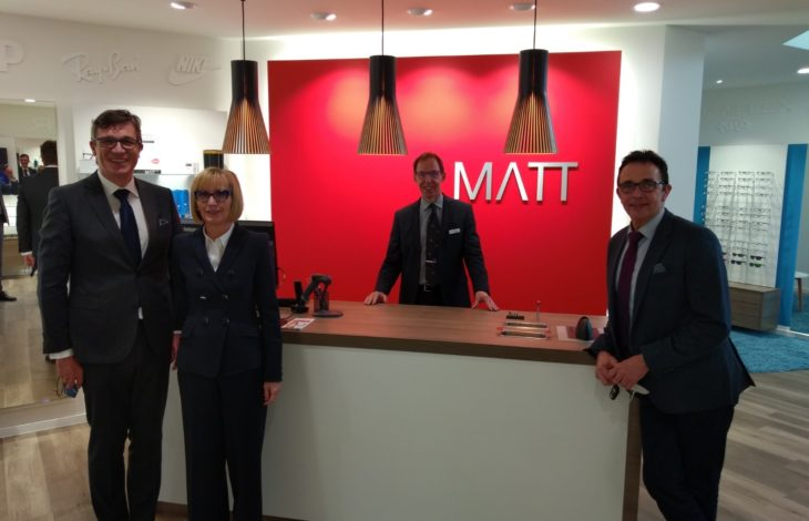 Stadt Kamp – Lintfort – Bürgermeister gratuliert zur Neueröffnung