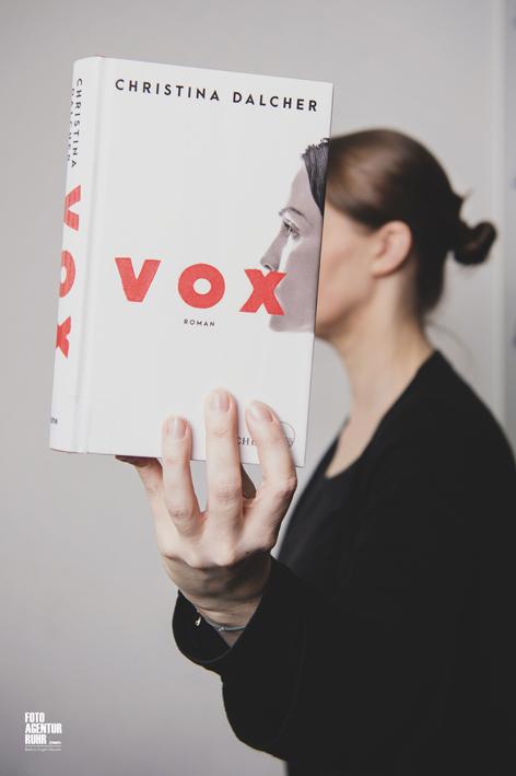 Stadt Moers – Bookfaces auf Facebook: Wettbewerb zur Nacht der Bibliotheken