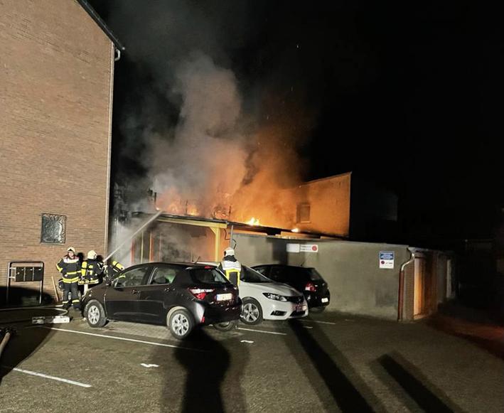 Stadt Kamp-Lintfort – Feuerwehreinsatz in der Nacht auf den Samstag