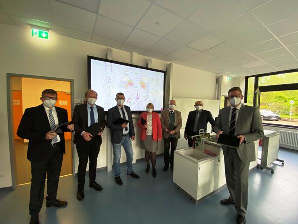 Kreis Wesel – Kreis Wesel investiert weiter in digitale Ausstattung seiner Schulen