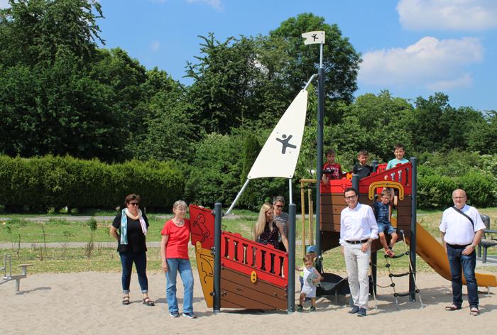 Stadt Kamp-Lintfort – Neue Spielgeräte am Spielplatz Fossa