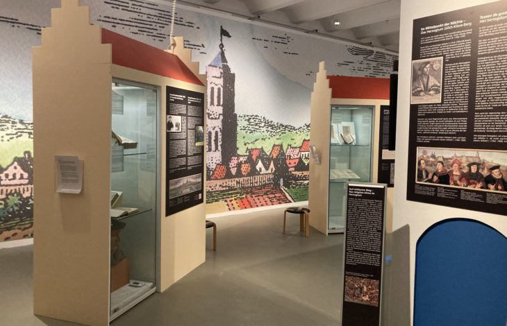 Stadt Duisburg – Neue Sonderausstellung im Stadtmuseum: Geister & Genies