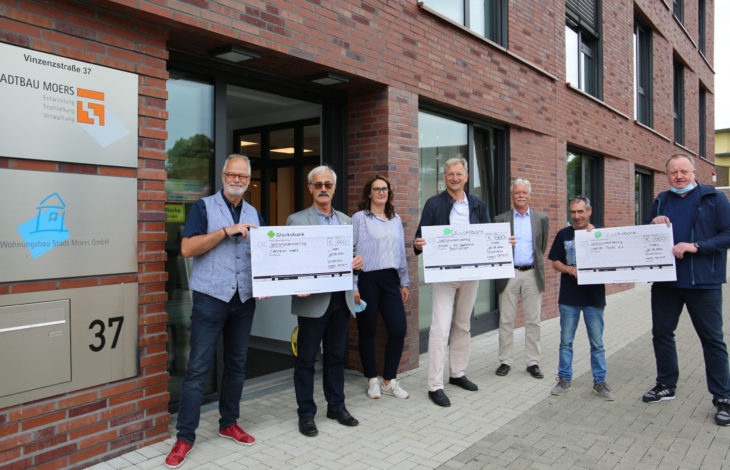 Stadt Moers – Stadtbau spendet an Tierheim, Tafel und Kinderklinik