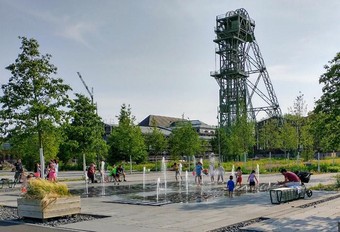 Stadt Kamp-Lintfort – 50 Jahre Städte-WOW-Förderung – Kamp-Lintfort nimmt mit dem Quartiersplatz im Zechenpark Friedrich-Heinrich am landesweiten Fotowettbewerb teil – Jetzt abstimmen