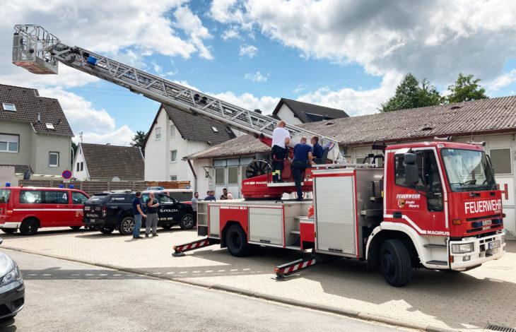 Stadt Moers – Moerser helfen im Ahrtal mit Feuerwehrauto