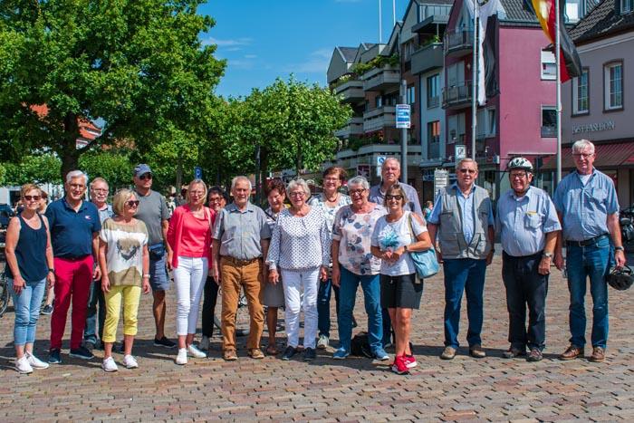 Stadt Rheinberg –  Herrlichkeit Ossenberg e.V. – Fahrradtour mit dem Heimatverein Herrlichkeit Ossenberg