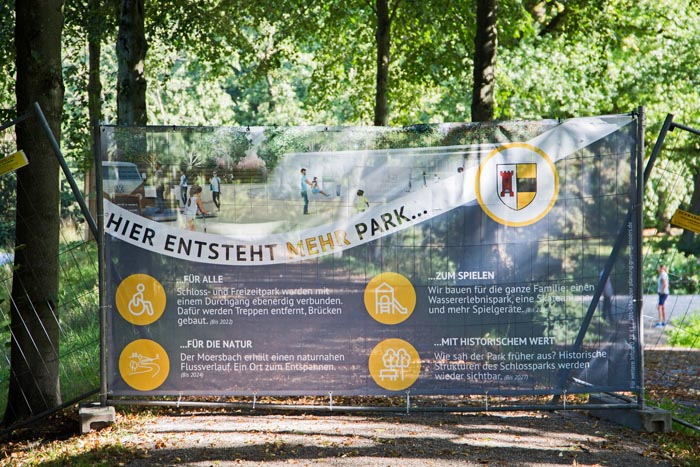Stadt Moers – Mehr Park für Moers – Infoschilder hängen jetzt
