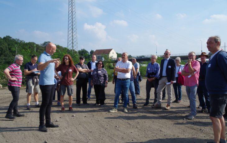 """Stadt Duisburg – Bürgerspaziergang """"6-Seen-Wedau"""" mit Oberbürgermeister Sören Link"""