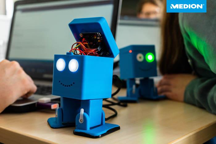 Stadt Moers – Roboter selbst programmieren: KARL zeigt, wie's geht
